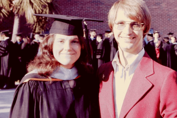 Anne adn Rolf at graduation in Dec 1975
