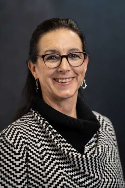 Photo of Dr. Kim Dunleavy